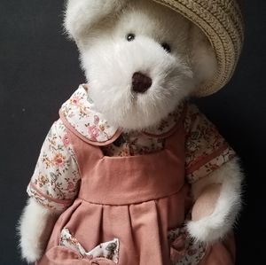 Other - Muffy teddy bear plush country girl limited edtn
